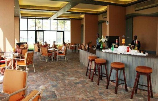 Hotelbar LOU LOU'A BEACH RESORT