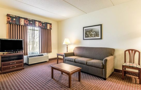 Zimmer Clarion Suites at the Alliant Energy Center