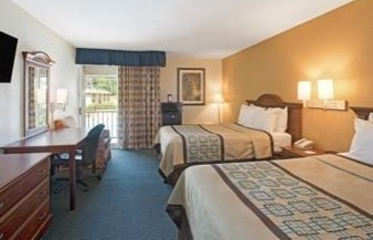 Zimmer DAYS INN CHARLOTTE-WOODLAWN NE