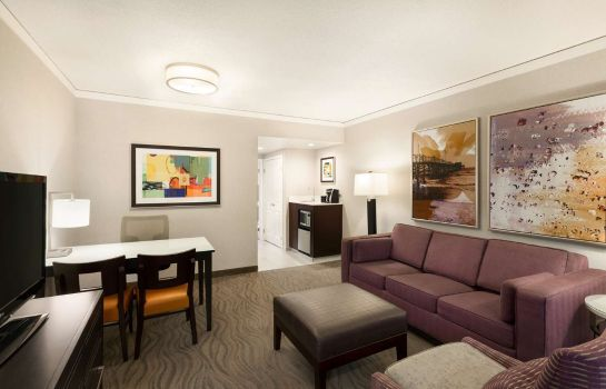 Zimmer Embassy Suites by Hilton Irvine Orange County Airport
