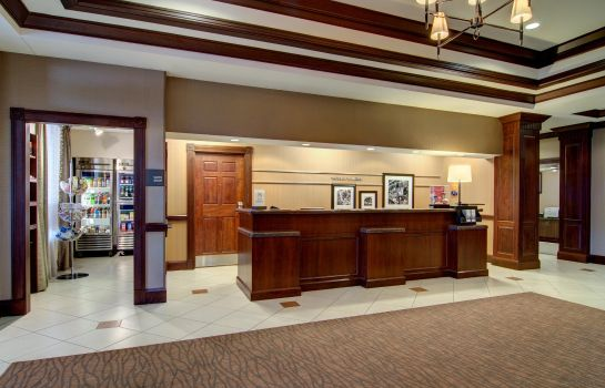 Vestíbulo del hotel Hampton Inn - Suites Washington-Dulles Intl Airport