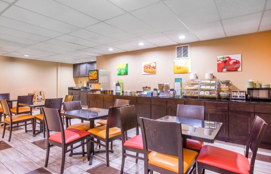 Restaurant Quality Inn near Mammoth Mountain Ski Resort