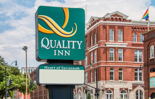 Außenansicht Quality Inn Savannah Historic District