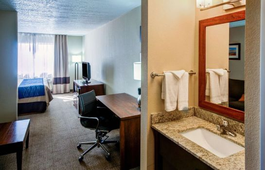 Suite Comfort Inn Albuquerque Airport