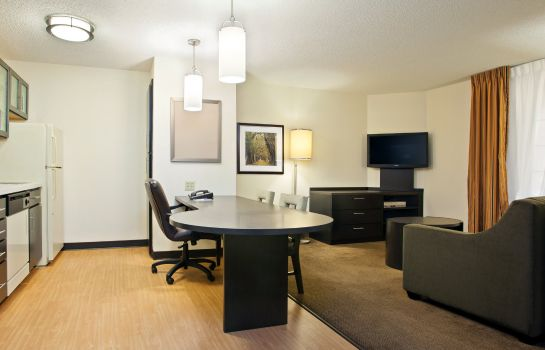 Suite Candlewood Suites CLEARWATER