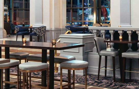 Hotel bar Fairmont Chateau Laurier