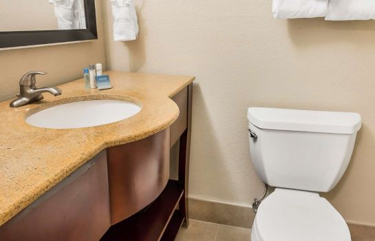 Suite an Ascend Hotel Collection Member Grand Hilton Head Inn