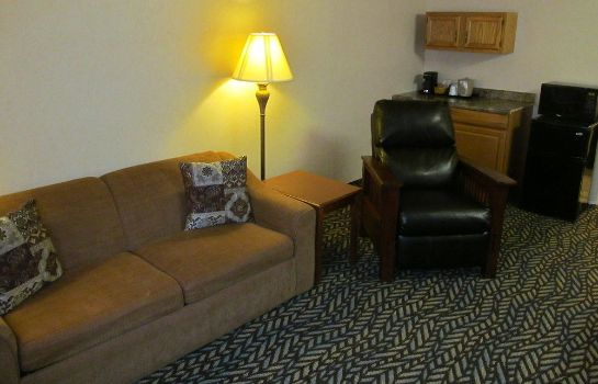 Suite Fireside Inn & Suites