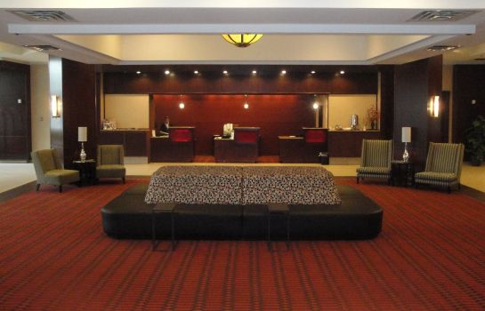 Hotelhalle Crowne Plaza GRAND RAPIDS -  AIRPORT