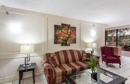 Hall de l'hôtel Quality Suites Wichita