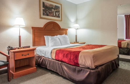 Zimmer Econo Lodge Clarion