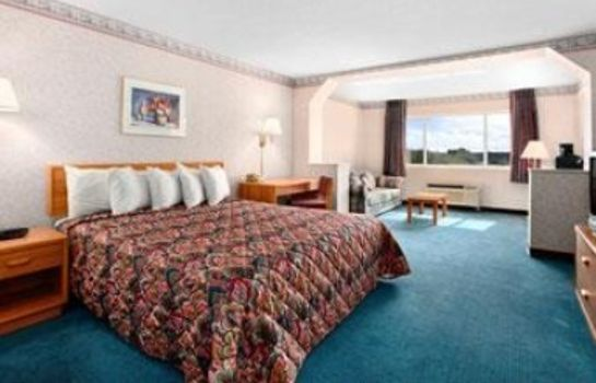 Suite DAYS INN PHOENIX NORTH