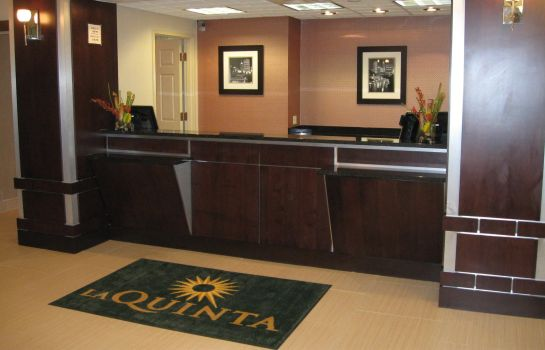 Hall La Quinta Inn Ste Indianapolis Downtown