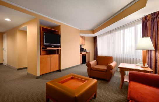 Habitación Embassy Suites by Hilton Crystal City National Airport