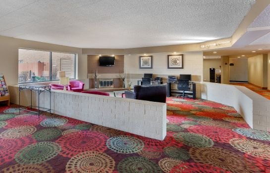Lobby Holiday Inn Express CHICAGO-DOWNERS GROVE