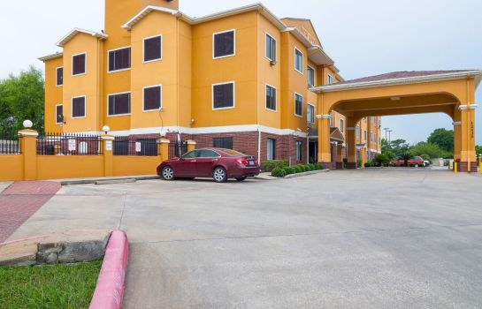 Vista exterior Quality Inn & Suites Hwy 290 - Brookhollow