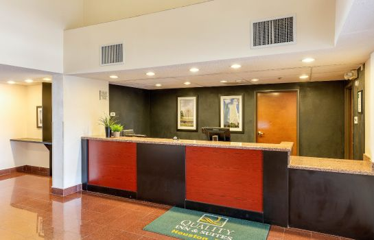 Lobby Clarion Inn & Suites West Chase