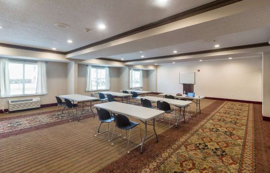 Conference room Clarion Inn & Suites West Chase