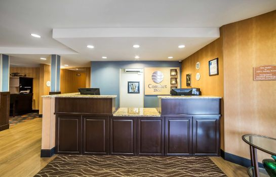 Hotelhal Comfort Inn University