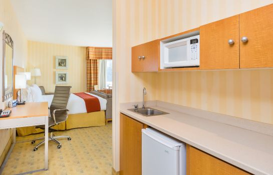 Zimmer Holiday Inn Express & Suites PACIFICA