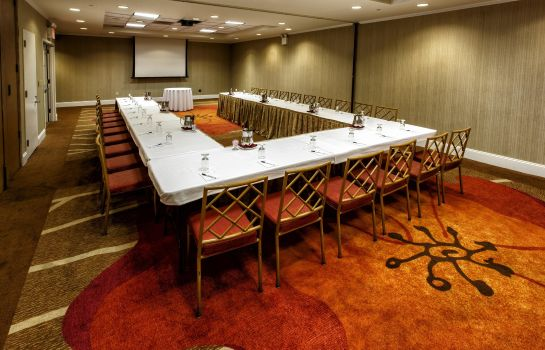 Conference room Hilton Garden Inn New York-Staten Island