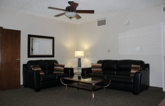 Suite Holiday Inn DES MOINES-AIRPORT/CONF CENTER