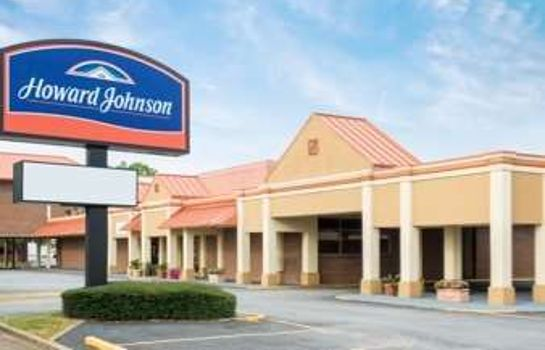 Exterior view HOWARD JOHNSON INN & SUITES CO