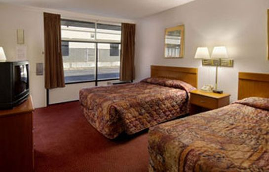 Room HOWARD JOHNSON INN & SUITES CO