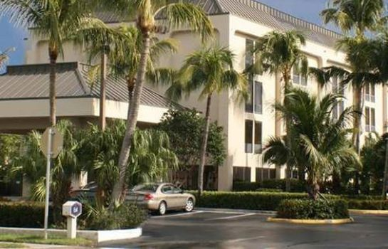 Außenansicht Hampton Inn Naples-Central