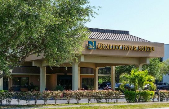Vista exterior Quality Inn & Suites St. Petersburg - Clearwater Airport