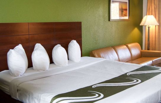 Suite Quality Inn & Suites St. Petersburg - Clearwater Airport