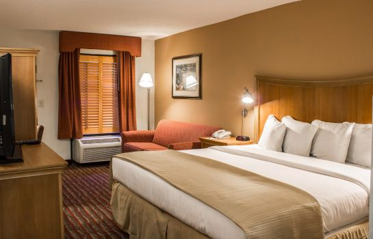Suite Quality Inn Chapel Hill