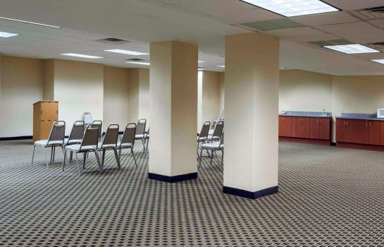 Conference room Quality Inn Chester