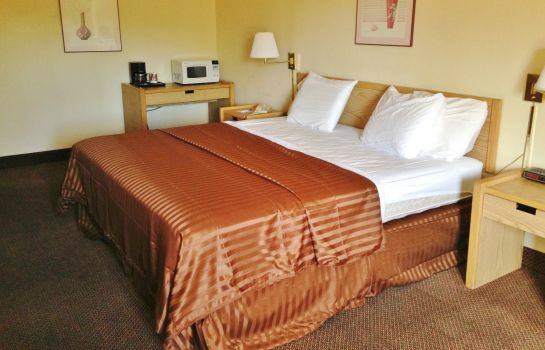 Zimmer Americas Best Value Inn Erie