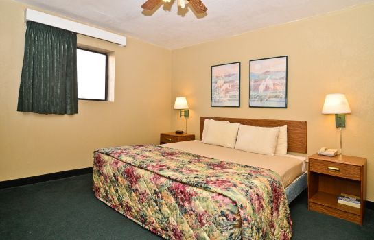 Room Americas Best Value Inn & Suites Kansas City Downtown