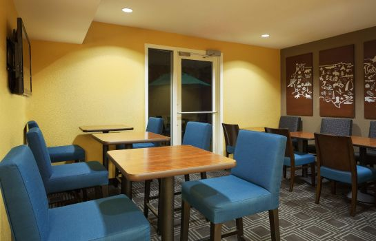 Restaurant TownePlace Suites Tampa North/I-75 Fletcher