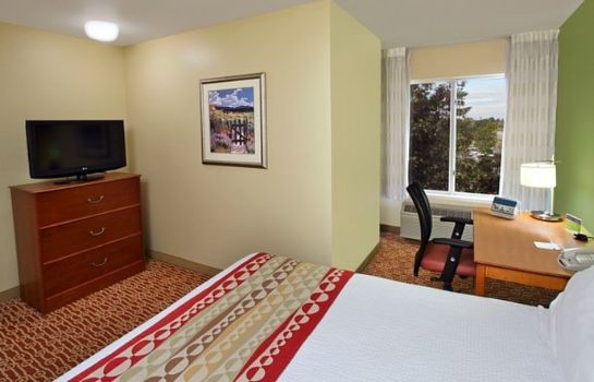 Zimmer TownePlace Suites Redwood City Redwood Shores