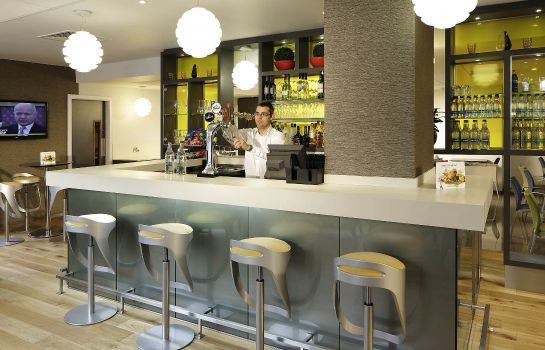 Hotel bar ibis Manchester Centre Princess Street (new ibis rooms)