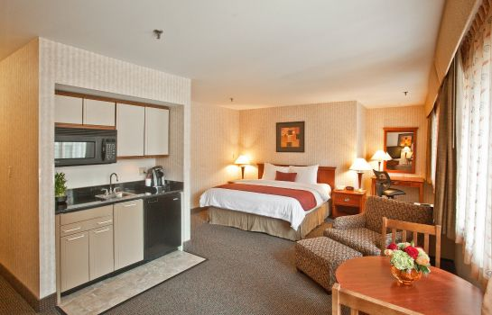 Suite The Inn at Longwood Medical