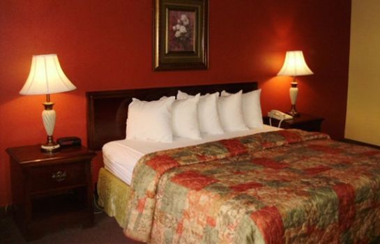 Kamers Clarion Inn & Suites University Center