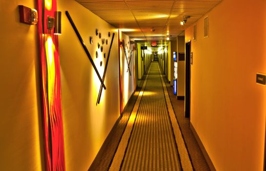 Hotelhalle BEST WESTERN PLUS HOLLAND INN