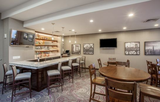 Hotel bar Crowne Plaza DANBURY