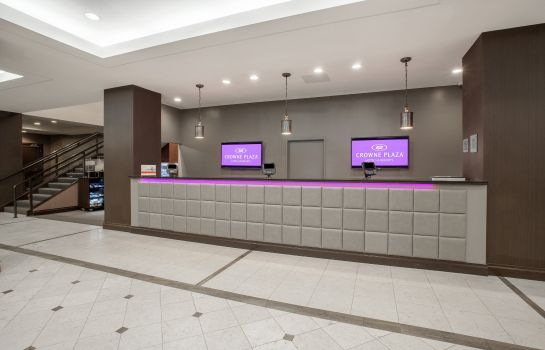Lobby Crowne Plaza DANBURY