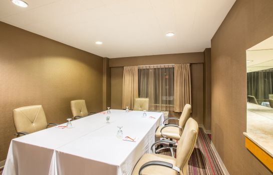 Conference room Crowne Plaza DANBURY