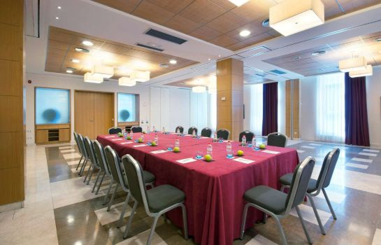 Conference room Tryp Salamanca Montalvo Hotel