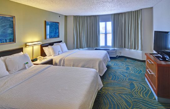 Suite SpringHill Suites Dallas NW Highway at Stemmons/I-35E