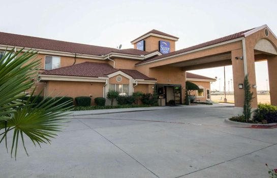 Vista esterna Clarion Inn & Suites DFW North