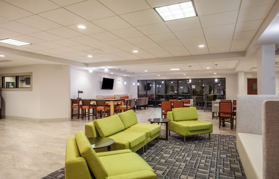 Lobby Holiday Inn Express & Suites AUGUSTA WEST - FT GORDON AREA