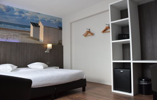 Four-bed room Hotel Royal Astrid