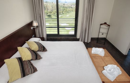 Suite Barcelona Golf Resort